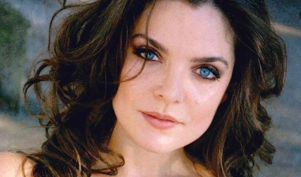 Melina Kalomas (Eileen)