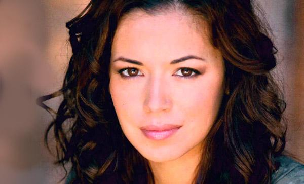 Teresa Castillo  (Vanessa)