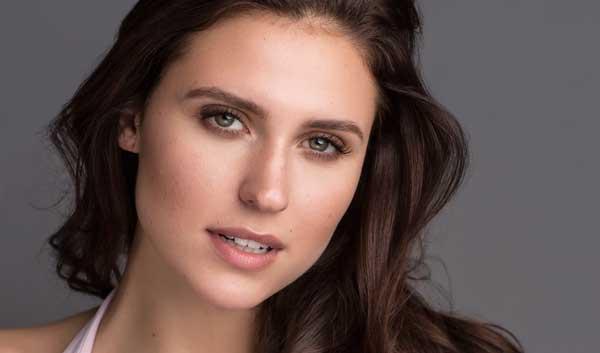 Katie Barna - Ensemble